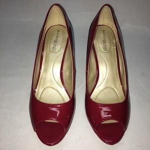 Bandolino Supermodel Red Platform Pumps - Size 8.5